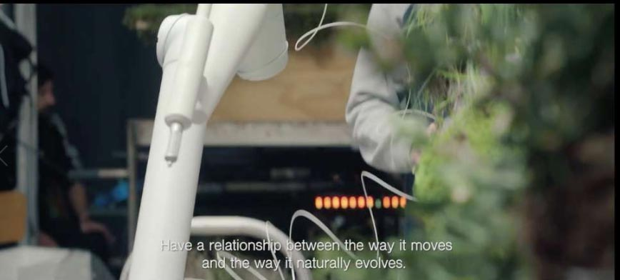 Robots-used-for-time-laps-video---robot-technology
