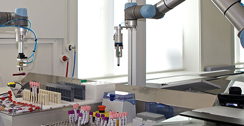 Two-UR5-robots-now-optimize-the-handling-and-sorting-of-blood-samples