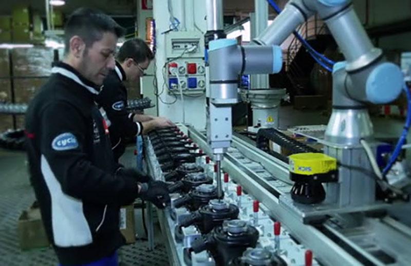 Human-robot-collaboration-at-Rupes---cobots
