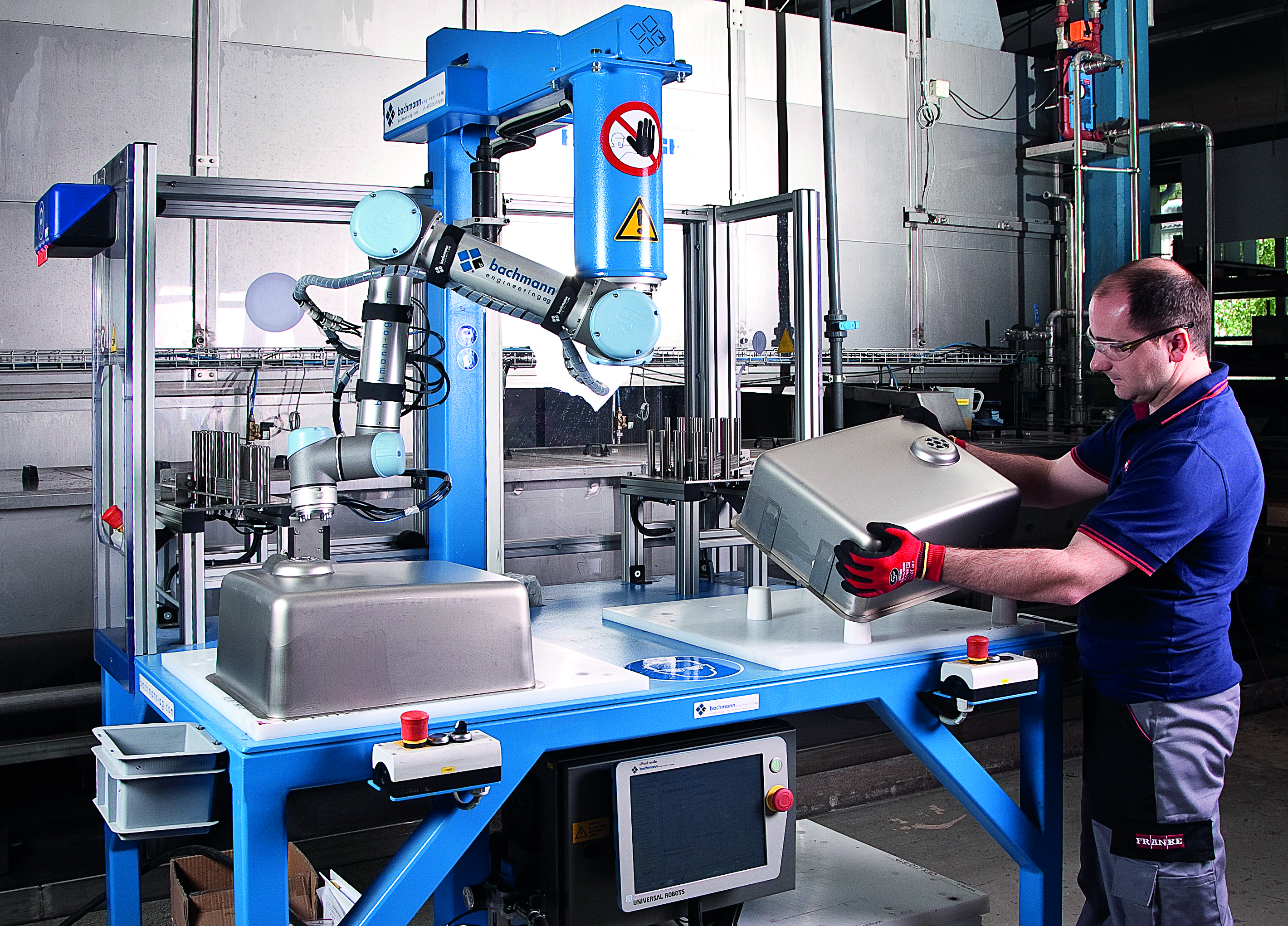 UR robot nel settore bianco