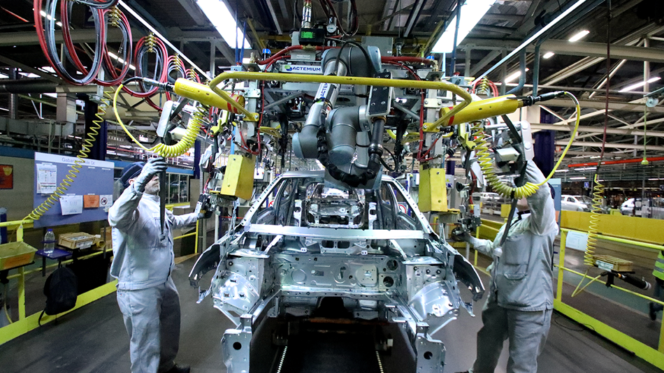automotive_company_psa_uses_ur10_collaborative_robot_for_screw_driving_assembly