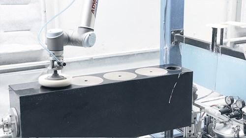 easy-automation-of-polishing-tasks-at-paradigm