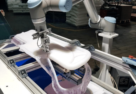 cobot-fabrication-lit-hopital