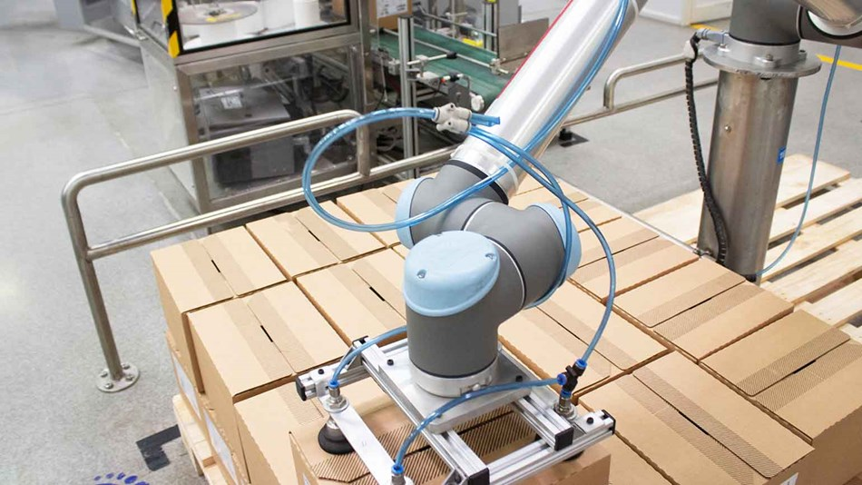 loreal-cobots-palletizing-india